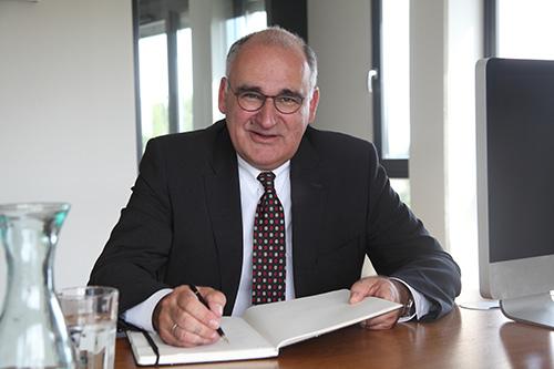 Unternehmensberatung, Familienunternehmen, Unternehmensberater, Mittelstand, professioneller Aufsichtsrat, Finanzberater, Frank Jäschke Beratung